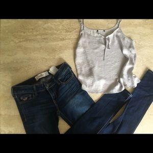 💙Hollister Mix & Match Outfit💙